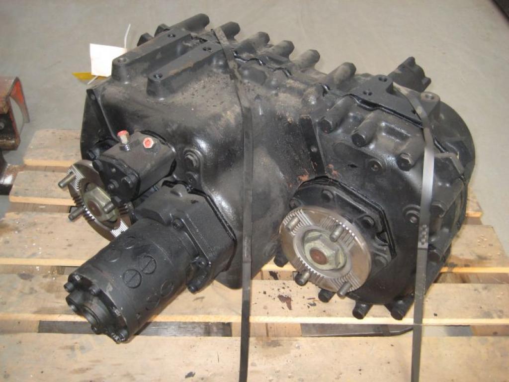 Spierings SK 598 AT 5 Zwischengetriebe