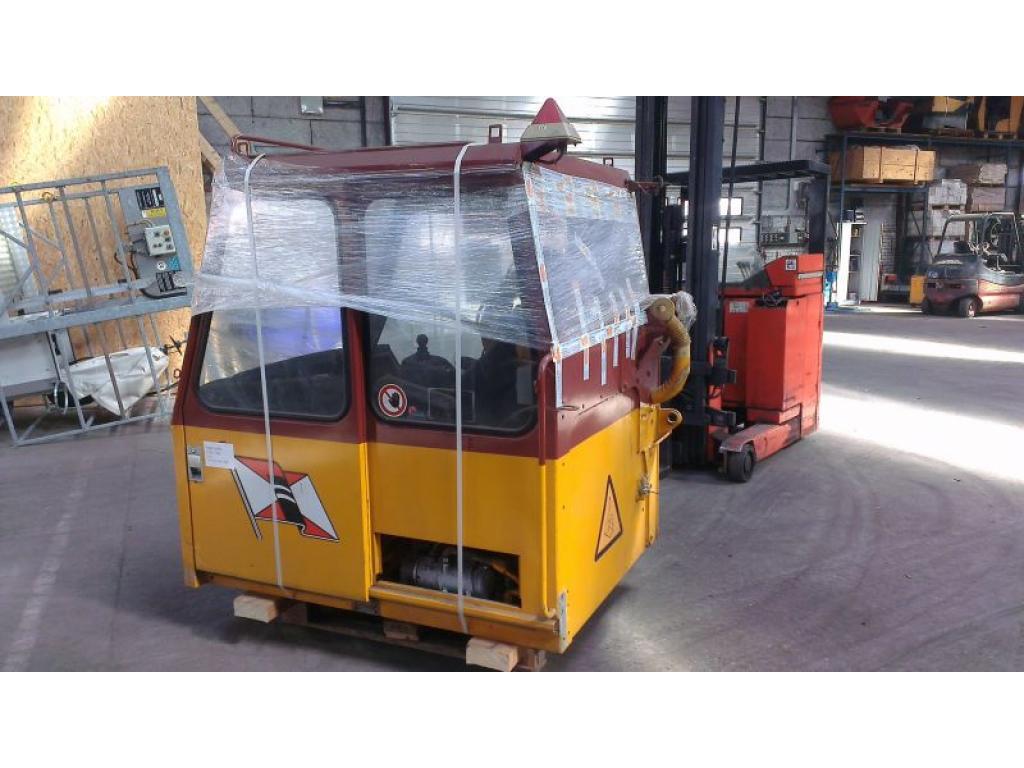Liebherr LTM 1300-1 Cabins