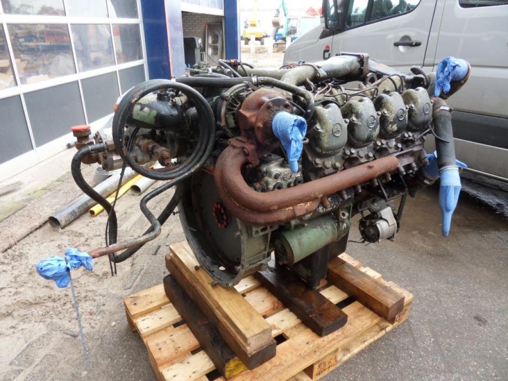 Mercedes OM 422 A Motores