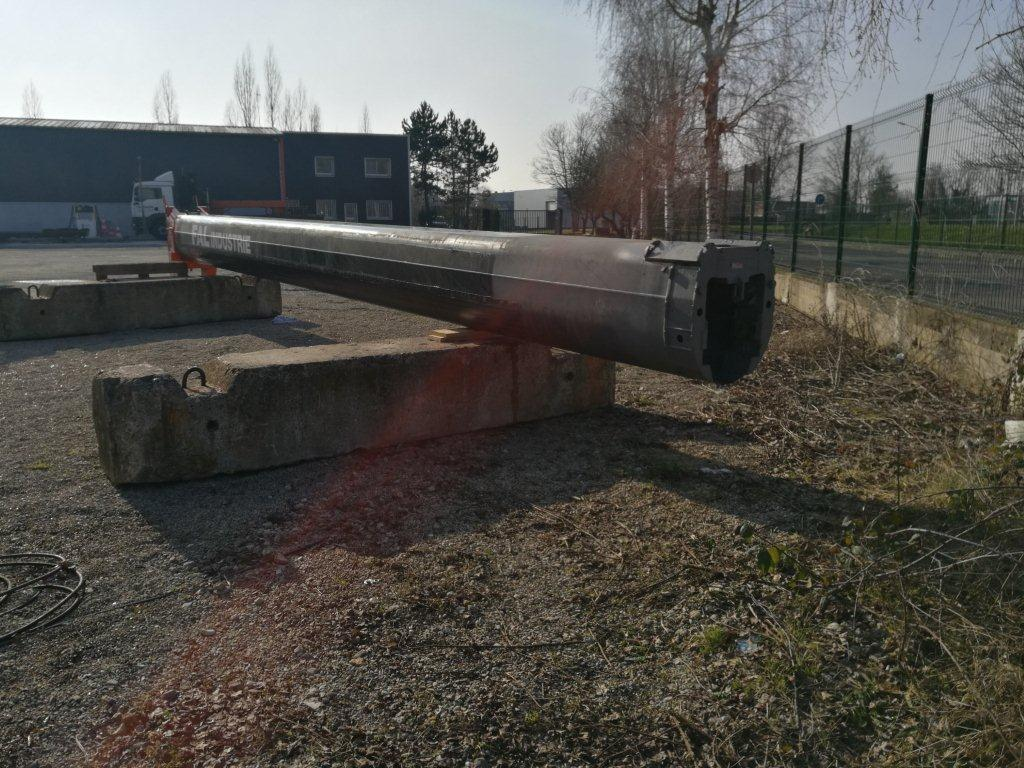Liebherr LTM 1100-4.2 Boom Sections