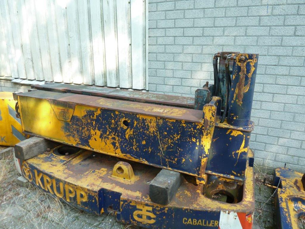 Krupp KMK 4070 Abstützung