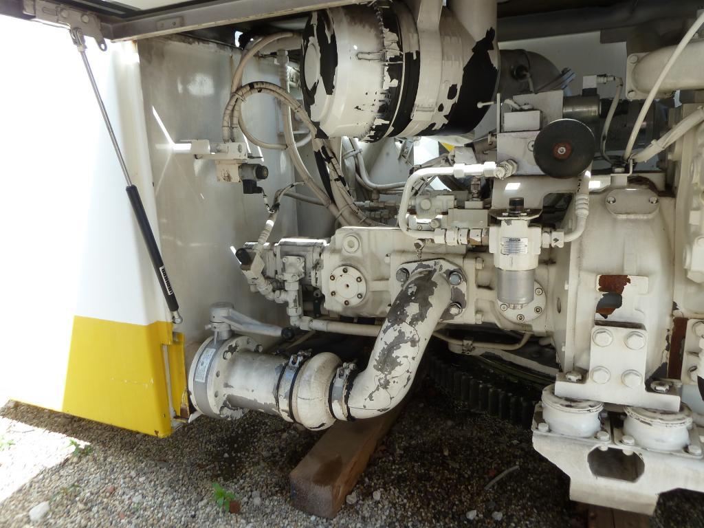 Liebherr LTM 1090-2 Sistema hidraulico