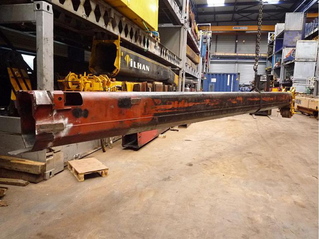 Grove GMK 3050 Bom sektion
