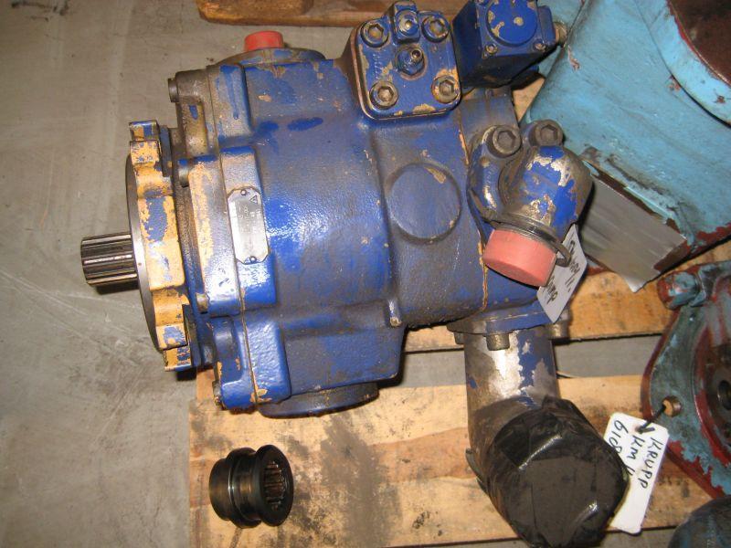 Liebherr LTM 1050-1 Hydraulic Systems