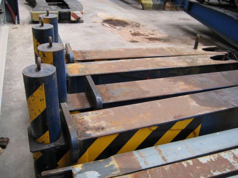 Grove TM 750 E Cajones de estabilizadores