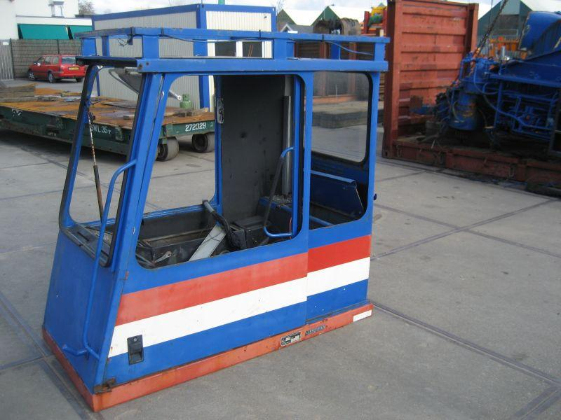 Demag HC 340 kabina
