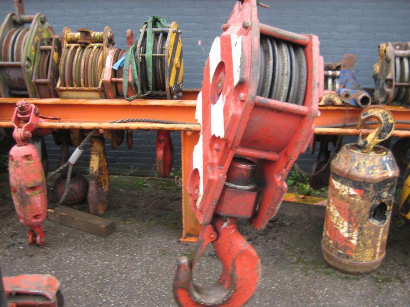 Hookblock 32 Ton horogszekr�nyek