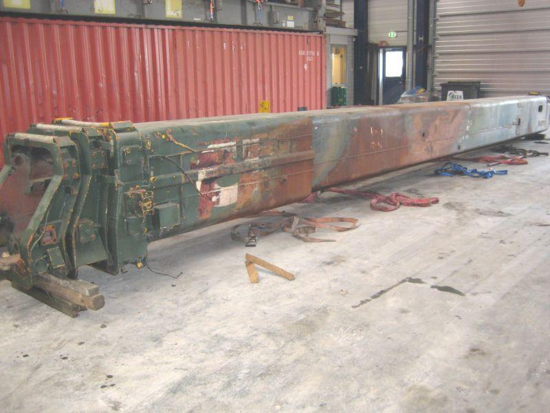 Krupp KMK 5110 Boom Sections