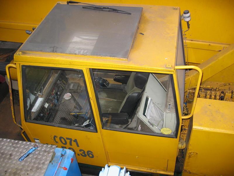 Liebherr LTM 1140 Cabins