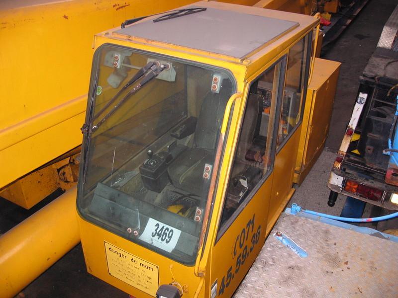 Liebherr LTM 1140  Kabine