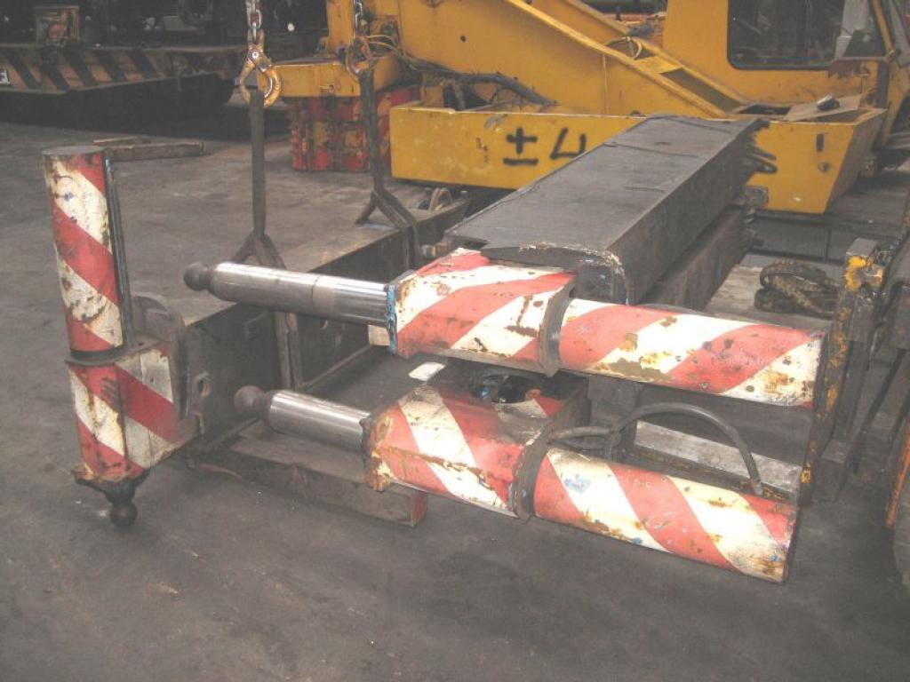 Liebherr LTM 1070-4 ζυγοστάτες,κουτιά/κύλινδροι