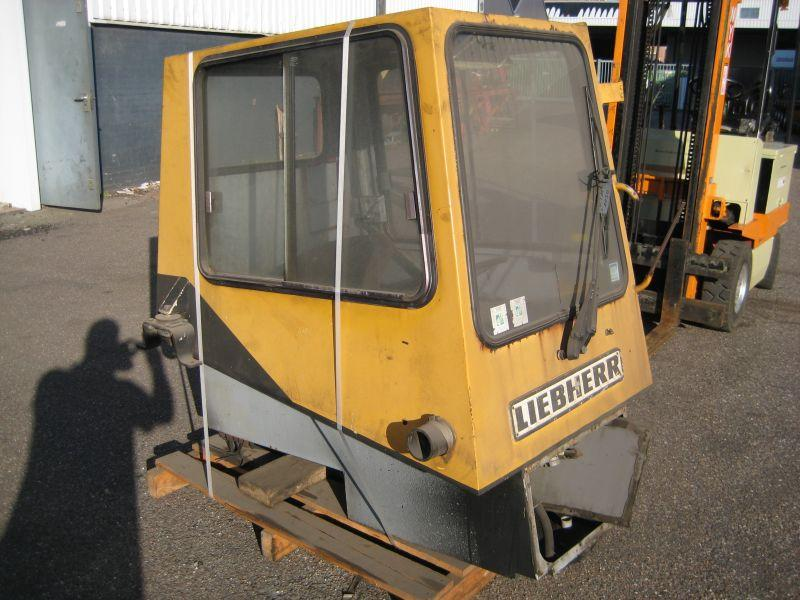 Liebherr LTM 1030 Cabines