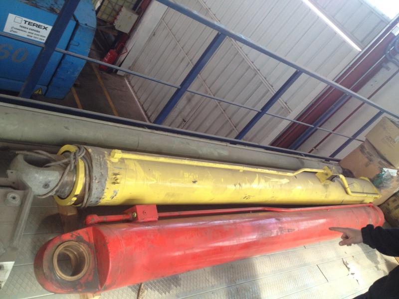 Faun ATF 90 Cilinders