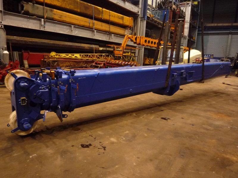 Grove GMK 3050 Boom Sections