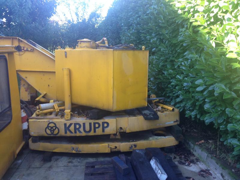 Krupp KMK 3045 Superestrutura