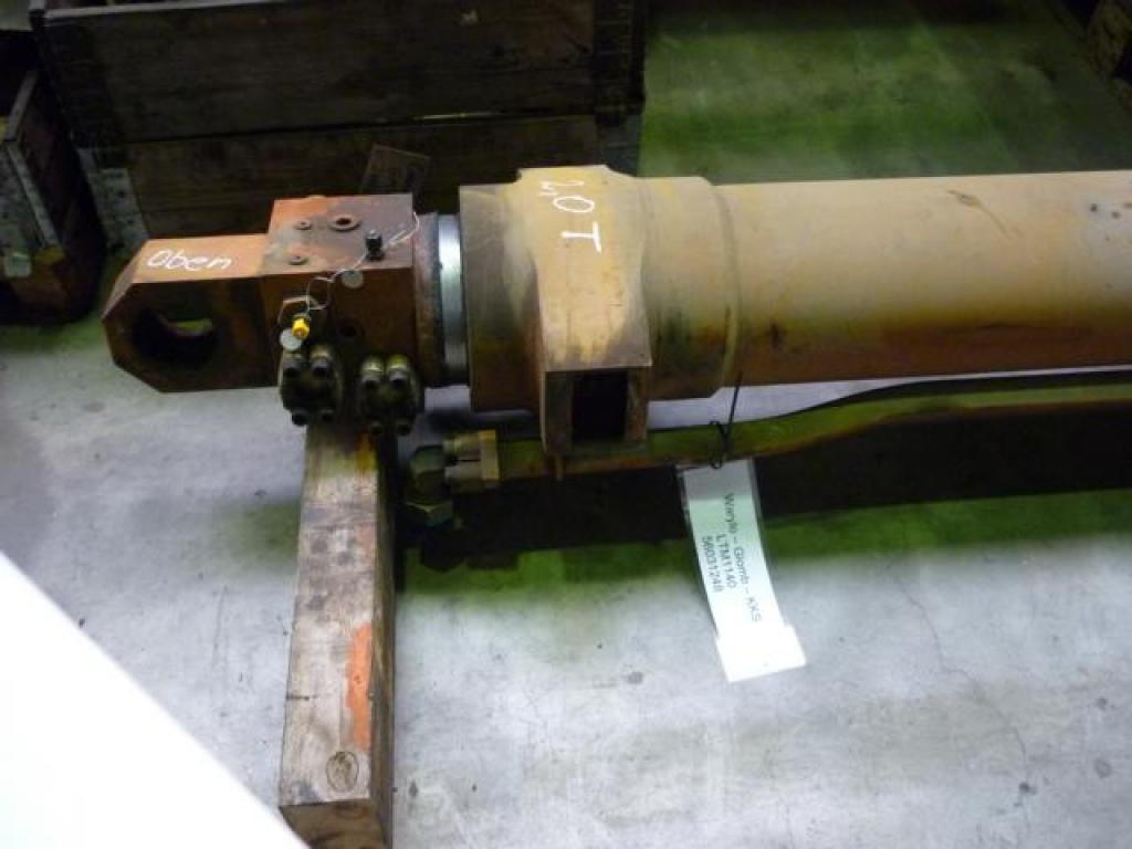 Liebherr LTM 1140 cylindry / tloki