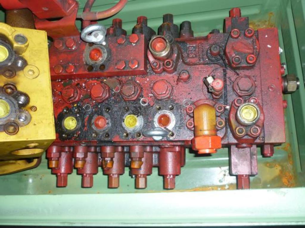 Demag AC 395 Sistema hidraulico