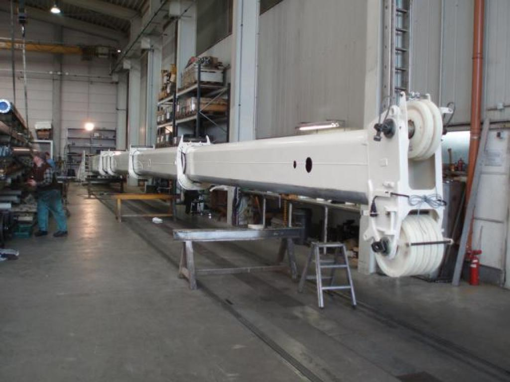 Demag AC 80-1 Boom Sections