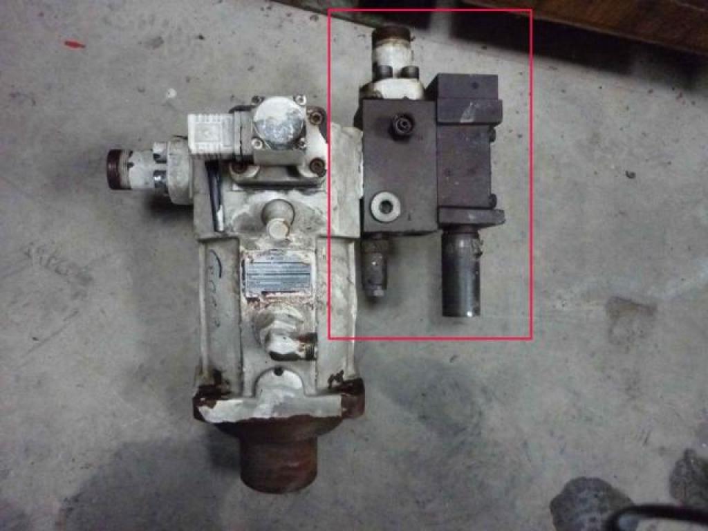 Krupp KMK 3045 Hydraulic Systems
