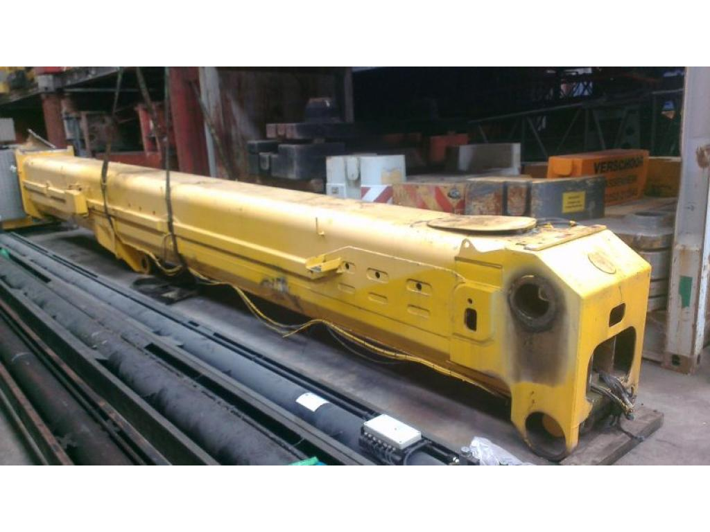 Grove GMK 3055 Boom Sections