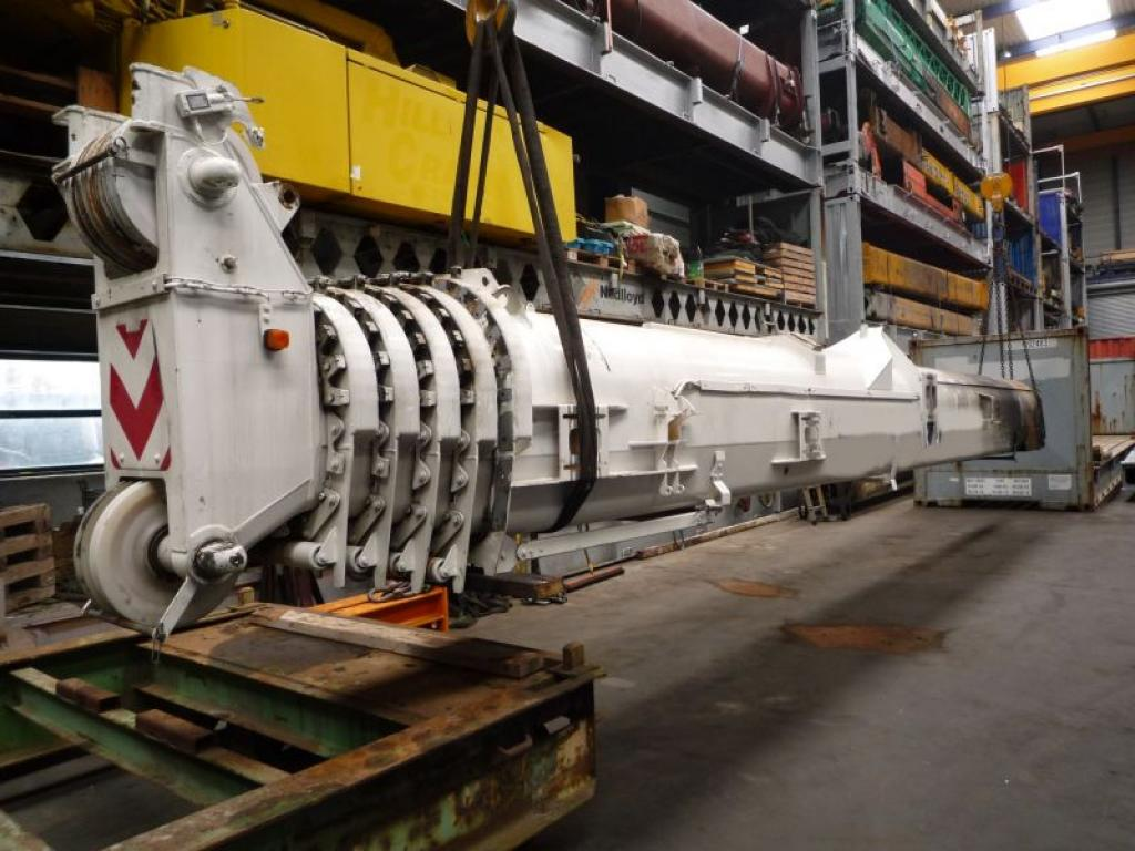 Liebherr LTM 1070-4 Section de fl�che