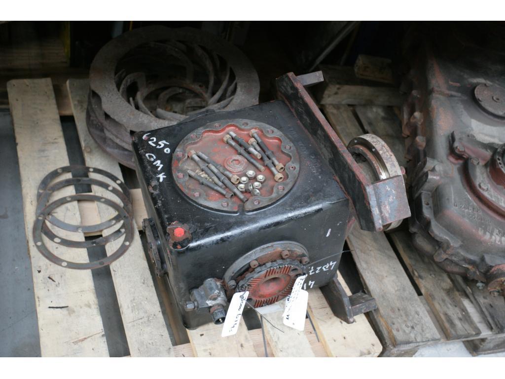 Grove GMK 6250 Zwischengetriebe
