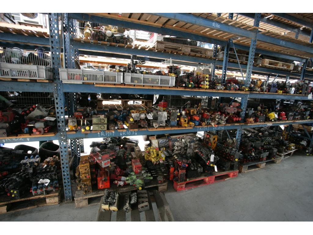 Liebherr LTM 1060-2 Systemes hydraulique