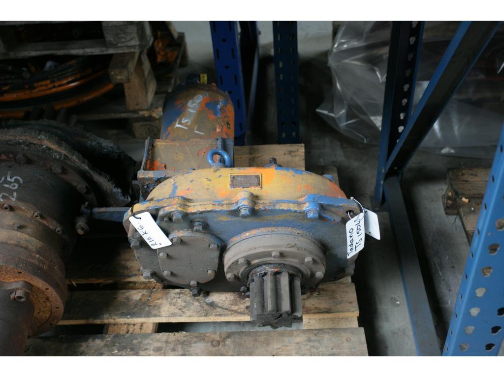 Tadano TS 150 L system hydrauliczny