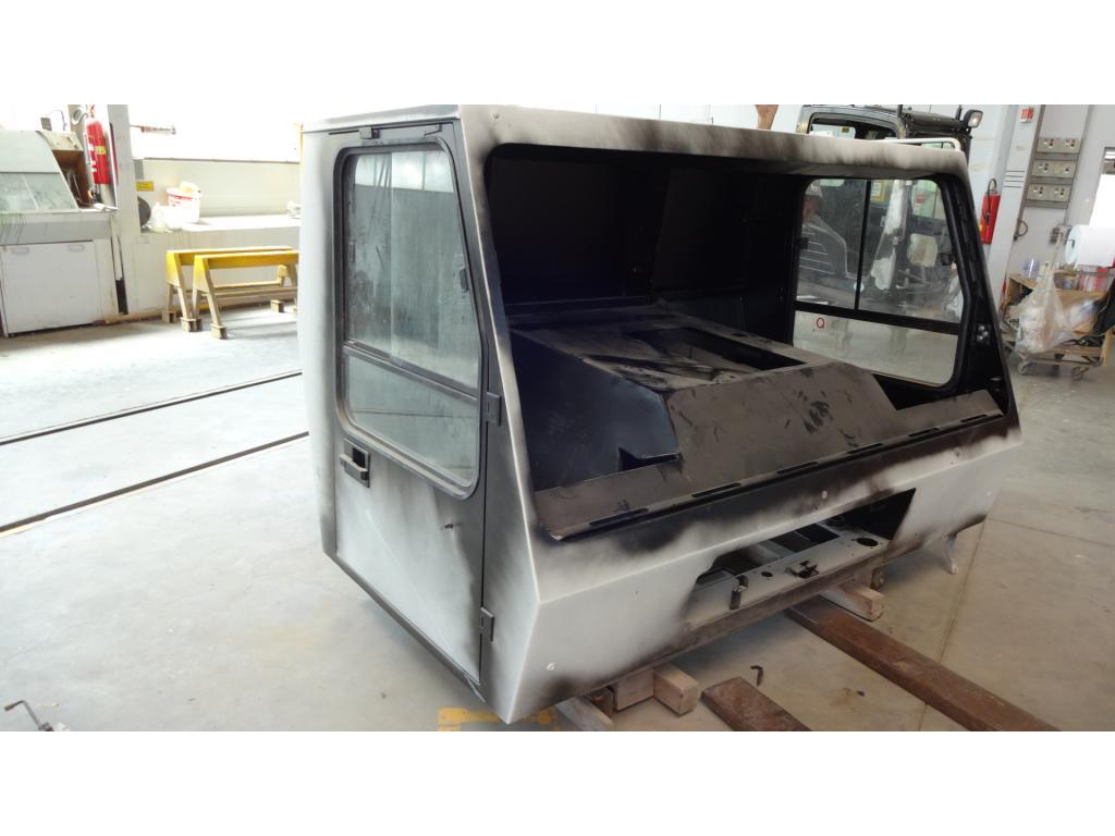 Krupp KMK 4080 Cabina
