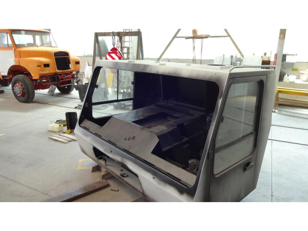 Krupp KMK 4080 Cabins